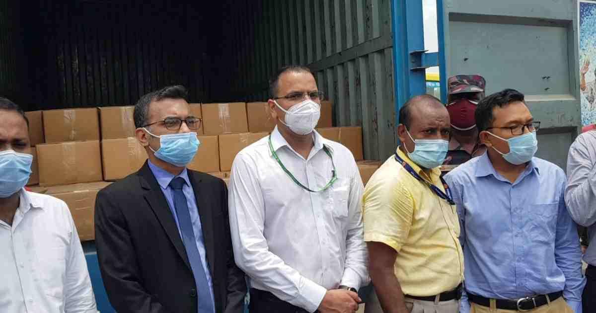 Sheikh Hasina gifts 2,600kg mangoes to PM Modi, Mamata Banerjee